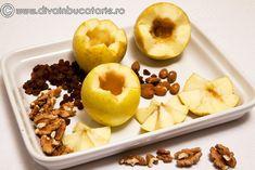 MERE COAPTE UMPLUTE CU FRUCTE USCATE | Diva in bucatarie Healthy Food, Healthy Recipes, Fresh Fruit, Doughnut, Diabetes, Deserts, Food And Drink, Vegan, Healthy Foods
