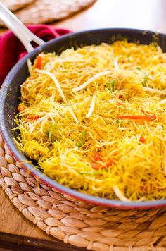 Make your favourite takeout vegetarian with this simple recipe for a healthier update to Singapore Noodles. | livinglou.com