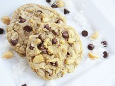 My mom and I had a coconut chocolate chip macadamia nut cookie at the Nordstrom cafe that was SO GOOD.  I found this recipe and MUST try it soon!