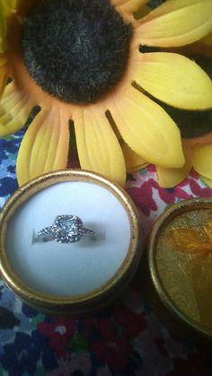 Gemstone Rings, Take That, Unique Jewelry, Gemstones, Accessories, Beautiful, Fashion, Moda, Fashion Styles