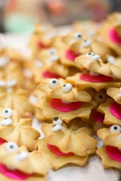 clam shell butter cookies ~ adorable for a mermaid, beach or under the sea themed party! @Jordyn Crane Middleton