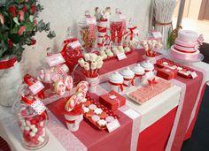 Ideas para poner la mejor mesas de dulces en tu matrimonio.  visita www.flavia.com.co.  y Síguenos en:  INSTAGRAM – http://instagram.com/flaviatiendadegala TWITTER – https://twitter.com/flavianovias YOUTUBE – https://www.youtube.com/channel/UCfwfXv8UUas2jiJeZbpO7mQ PINTEREST – http://es.pinterest.com/flaviatienda/ LINKEDIN – https://www.linkedin.com/company/flavia-vestidos-de-novia FACEBOOK – https://www.facebook.com/flaviavestidosdenovia