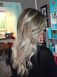 Ice blonde balayage ombre. By Tayler Namanny