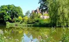 Kennet & Avon Canal - day excursion - by coach - - Omega Holidays   Travel with us and after a stop in Newbury, you will be taken to Kintbury to board a traditional horse-drawn barge on the Kennet and Avon Canal