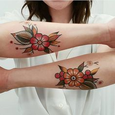 Search inspiration for an Old School tattoo. tattoo designs ideas männer männer ideen old school quotes sketches Black Tattoos, Body Art Tattoos, Sleeve Tattoos, Cool Tattoos, Tatoos, Hand Tattoos, Tattoo Ink, Small Tattoos, Future Tattoos