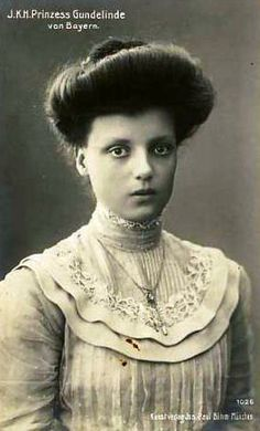 Princess Gundeline Maria Joseph of Bavaria 26.VIII.1891 - 16.VIII.1986  She was the daughter of King Ludwig III of Bavaria and his wife Archduchess Maria Theresia of Austria & Hungary, Princess of Modena  Wife of Count Johann Georg von Preysing-Lichtenegg-Moos