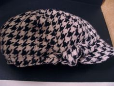 Mod Retro 70's Talbots Newsboy Cabbie Cap Houndstooth Black and White Poly Blend #talbots #Cabbie #Casual