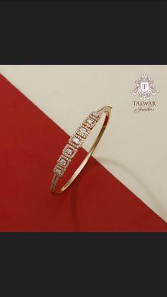 Gold Temple Jewellery, Gold Jewelry, Jewelery, Jewelry Necklaces, Wedding Jewelry, Gold Bangles Design, Jewelry Design, Diamond Bracelets, Bangle Bracelets