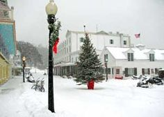 mackinac island in winter.Being on Mackinac Island over the Holidays is on my Bucket List. Island Horse, Somewhere In Time, Victorian Cottage, Relaxing Places, Winter Love, Mill Creek, Mackinac Island, Lake Life, Grand Hotel