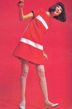Mod designs by Tanaka Chiyo, Vintage / Retro pink dress 1960s Mod Fashion, Sixties Fashion, Retro Fashion, Vintage Fashion, Womens Fashion, Sporty Fashion, Ski Fashion, Winter Fashion, Moda Vintage
