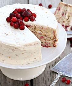 Cranberry Christmas Cake Recipe | This cake is the perfect thing to bring to your next Christmas party!