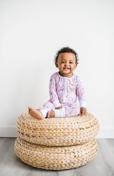 Toddler Outfits, Boy Outfits, Spring Girl, Girl Photo Shoots, One Piece Pajamas, Baby Girl Photos, Breakfast In Bed, Commercial Photography, Baby Fever