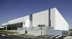 Centro Comercial La Almazara / Rafael Landete, Emilio Cortés