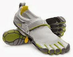 O Tênis Five Finges é uma espécie de luva para os pés.  http://clubedecorrida12km.blogspot.com.br/2014/01/o-tenis-five-fingers.html