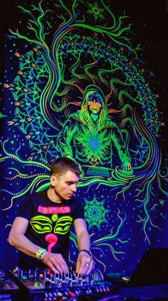 UV Backdrop Chrystal Elf 2m x 3m Wall Hanging Psychedelic Deco Image Party Art