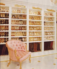 There are no words...just wow. I've died and gone to shoe heaven. One of these days I will not only have shoes organized, but I will also have a collection like this.