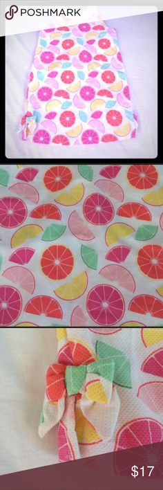 🌸NWOT Gymboree Fruit Slices Dress🌸 Adorable white dress with fruit slices as the print & high neck with button up back. NWOT! Size 6. Smoke FREE home as always! 💕 Gymboree Dresses