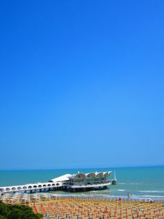Lignano Sabbiadoro, Italy Great Places, Places Ive Been, Holiday Destinations, Opera House, Memories, Spaces, Building, Travel, Italy