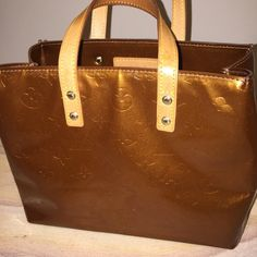 """Authentic Louis Vuitton Small Tote Authentic Louis Vuitton Vernis """"Reade"""" tote in bronze. Color is beautiful, this bag is flawless. Louis Vuitton Bags Totes"""