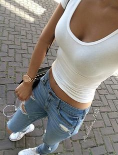 converse + denim + crop top