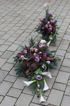 Funeral, Christmas Wreaths, Floral Wreath, Holiday Decor, Home Decor, Floral Arrangements, Floral Crown, Decoration Home, Room Decor