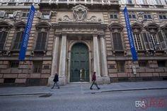 I palazzi dei Rolli, patrimonio dell'umanità Unesco, le antiche dimore delle nobili famiglie di Genova da piazza De Ferrari attraversando tutto il centro medievale    [photo credit: Daniele Orlandi]