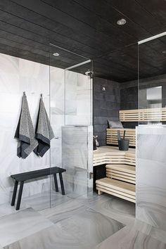 Modern House - Marble Tile - Sauna Design - Steam Room - Home Spa Scandinavian Bathroom, Scandinavian Modern, Saunas, Interior Exterior, Interior Architecture, Sauna Design, Finnish Sauna, Sauna Room, Sauna House