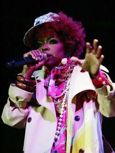 Lauryn Hill Dedicates Song 'Black Rage' to Ferguson - http://starzentertainment.net/music-and-entertainment-news/lauryn-hill-dedicates-song-black-rage-to-ferguson.html/