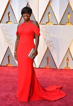 Viola Davis in custom Armani with a Bally bag Love the dress, hate the silver clutch.