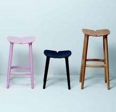 Seriously in love with the Osso stool, but at a cool $1250 each, I'll have to keep looking. Why can't I be rich...waaaa :(