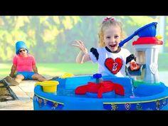 Nastya and papa pretend play with sleep Plastic Bottle Crafts, Plastic Bottles, Anna Matthews, Peles, Best Kids Toys, Birthday Cake Girls, Girl Cakes, Bathroom Designs, Pretend Play