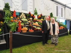 Medwyn Williams wins his Gold Medal, at the RHS Chelsea Flower Show 2019 - Pumpkin Beth Edible Plants, Edible Garden, Healthy Vegetables, Growing Vegetables, Runner Beans, Sugar Snap Peas, Buy Plants, Chelsea Flower Show, Seed Starting