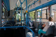 [Bus Mercedes-Benz Citaro] (VT-Arriva, Budapest) Múlt szombat óta forgalomban van Budapest utcáin az Euro6-os környezetvédelmi normának megfelelő motorral szerelt csuklós Mercedes, melynek rendszáma MUT-781. A beltér kialakítása…