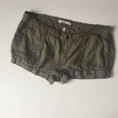 Abercrombie & Fitch Army green bloomer shorts Abercrombie &Fitch Army Green bloomer style shorts with sequin stripe. New without tags. Size 12 Abercrombie & Fitch Shorts
