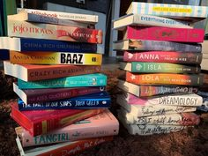 Best Romance Novels to read atleast once - Fault in our stars - The Notebook - Dreamology - Everything Everything - My Life Next Door - Me Before You Novels To Read, Books To Read Online, My Life Next Door, Good Books, My Books, High School Romance, Best Romance Novels, Walk To Remember, Rainbow Rowell