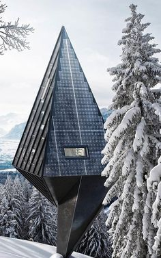 These Zero-Impact Tree-Inspired Houses Will Blend Right Into The Forest Modernism modern modern home luxury cool homes design architecture Architecture Design, Futuristic Architecture, Beautiful Architecture, Contemporary Architecture, Landscape Architecture, Concept Architecture, Installation Architecture, Mughal Architecture, Contemporary Design