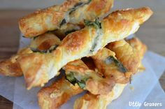 Spinach and parmesan twists