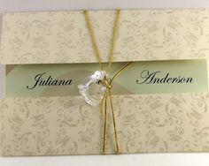 Convite de Casamento impresso em papel 180gr <br>Envelope em floral areia papel 180gr. <br>Convite impresso com ou sem foto. <br>Texto, cor da impressão a critério do cliente. <br>Qualquer cor impresso em folha branca <br>CORDÃO E ENFEITE INCLUSO NO CONVITE: Cor do cordão (dourado ou prata) a critério do cliente. <br> <br>Dimensão: 11,5x16cm (Fechado) <br> <br>Prazo para entrega: 20 uteis. <br>ITENS VENDIDOS SEPARADAMENTE: <br>Convites individuais…