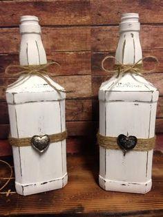 Vintage Valentine Wine Designs von BethsWineDesigns auf Etsy #recycledwinebottles