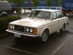 1977 Volvo 244 DL.