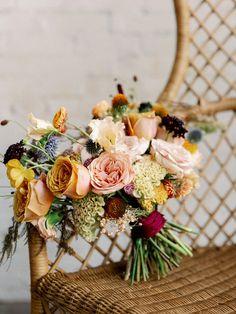 Decoração interior para casamentos: cores bonitas! Red Wedding, Floral Wedding, Wedding Flowers, Wedding Colors, Wedding Bouquets, Wedding Designs, Wedding Styles, Wedding Ideas, Wedding Photos