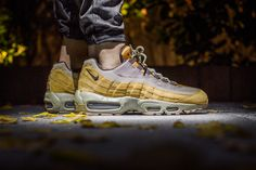 online retailer c6ac1 f3a62 Buy the latest fashion Nike Air Max 95 Winter Bronze Bamboo Baroque Brown  Women s Shoes to enjoy the best Discounted price.