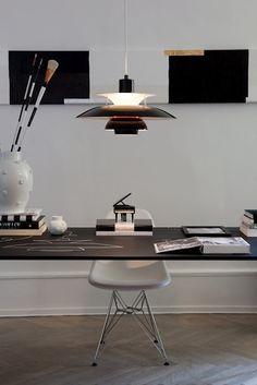 mesa+despacho+louis+poulsen.JPG 427×640 piksel