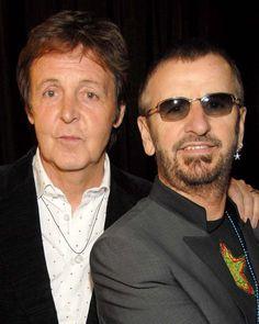 Paul McCartney and Ringo Starr are the two remaining Beatles The Beatles, John Lennon Beatles, Jhon Lennon, Beatles Photos, George Harrison, Paul Mccartney Ringo Starr, Liverpool, Death Pics, Cilla Black