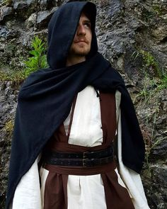 Medieval Jedi Knight DIY Outfit Jedi Costume, Jedi Knight, Diy Clothes, Medieval, Costumes, Outfits, Fashion, Diy Clothing, Moda