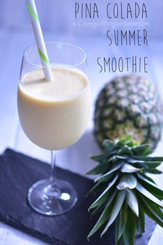 This Piña Colada Summer Smoothie is a healthy and delicious way to treat yourself. CosmopolitanCornbread.com #SundaySupper