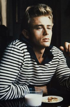 James Dean. The actor died in a car accident at the age of 24 in 1955. #VintageTreasures #JamesDean