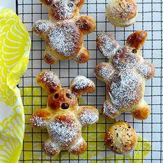 Påskharar Fika, Margarita, Breakfast, Sweet, Desserts, Easter Ideas, Balcony, Sisters, Cupcakes