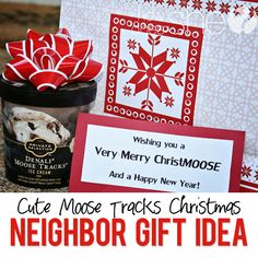 Moose Tracks Christmas Gift | How Does She