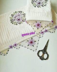 Bikini Modells, Needle Lace, Bargello, Baby Knitting Patterns, Crochet Bikini, Needlework, Elsa, Crochet Hats, Purple